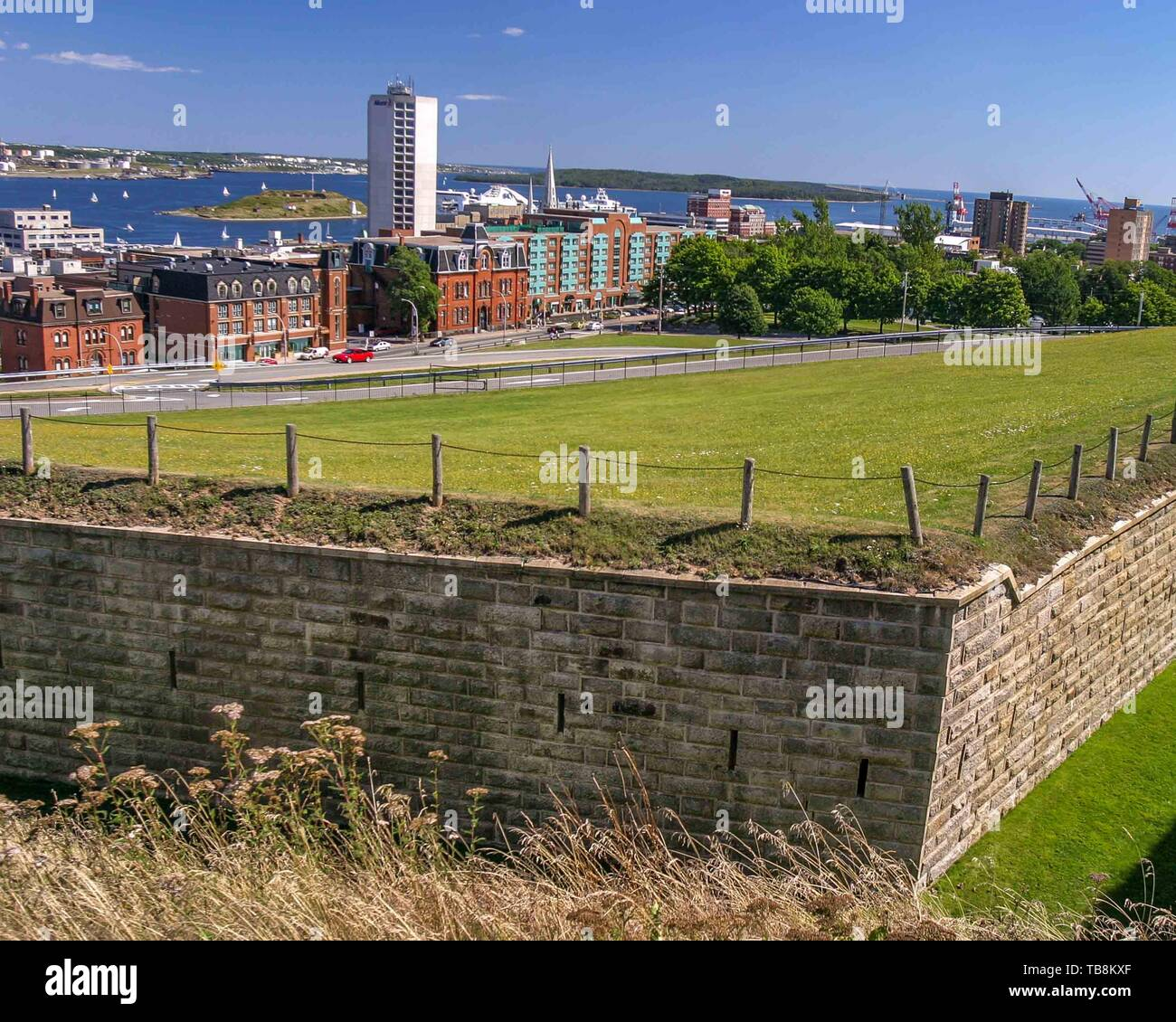 Halifax, Nova Scotia, Canada. 5th Sep, 2005. The Fort George defense wall, a fortified summit of Citadel Hill, a Canadian National Historic Site, rises above Halifax, Nova Scotia and its harbor. The fort is among the most visited sites in Atlantic Canada. Credit: Arnold Drapkin/ZUMA Wire/Alamy Live News - Stock Image