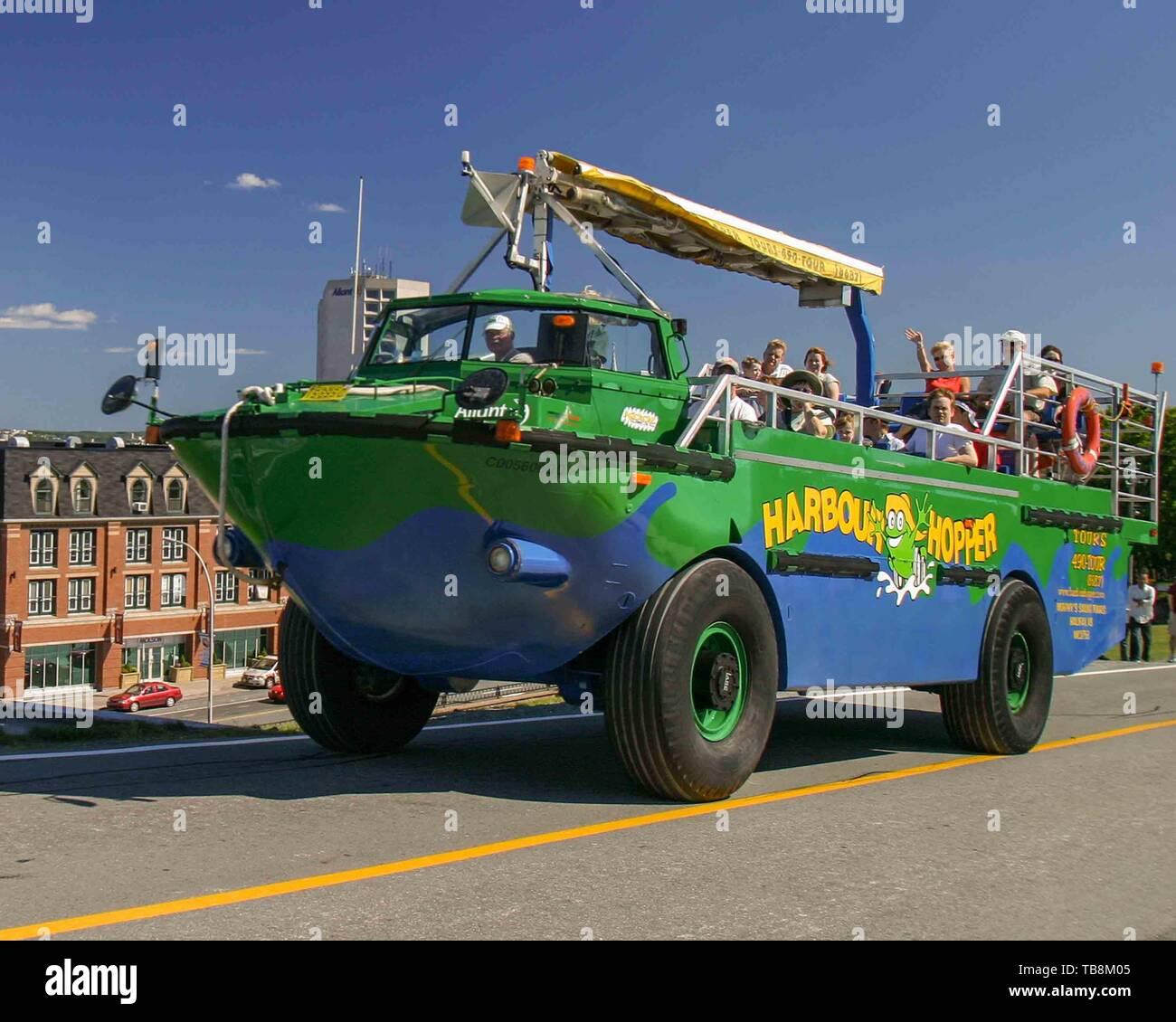 Halifax, Nova Scotia, Canada. 5th Sep, 2005. Harbor Hopper, an amphibious vehicle tour, takes tourists and visitors around the city of Halifax, Nova Scotia, and then into the harbor. Credit: Arnold Drapkin/ZUMA Wire/Alamy Live News - Stock Image