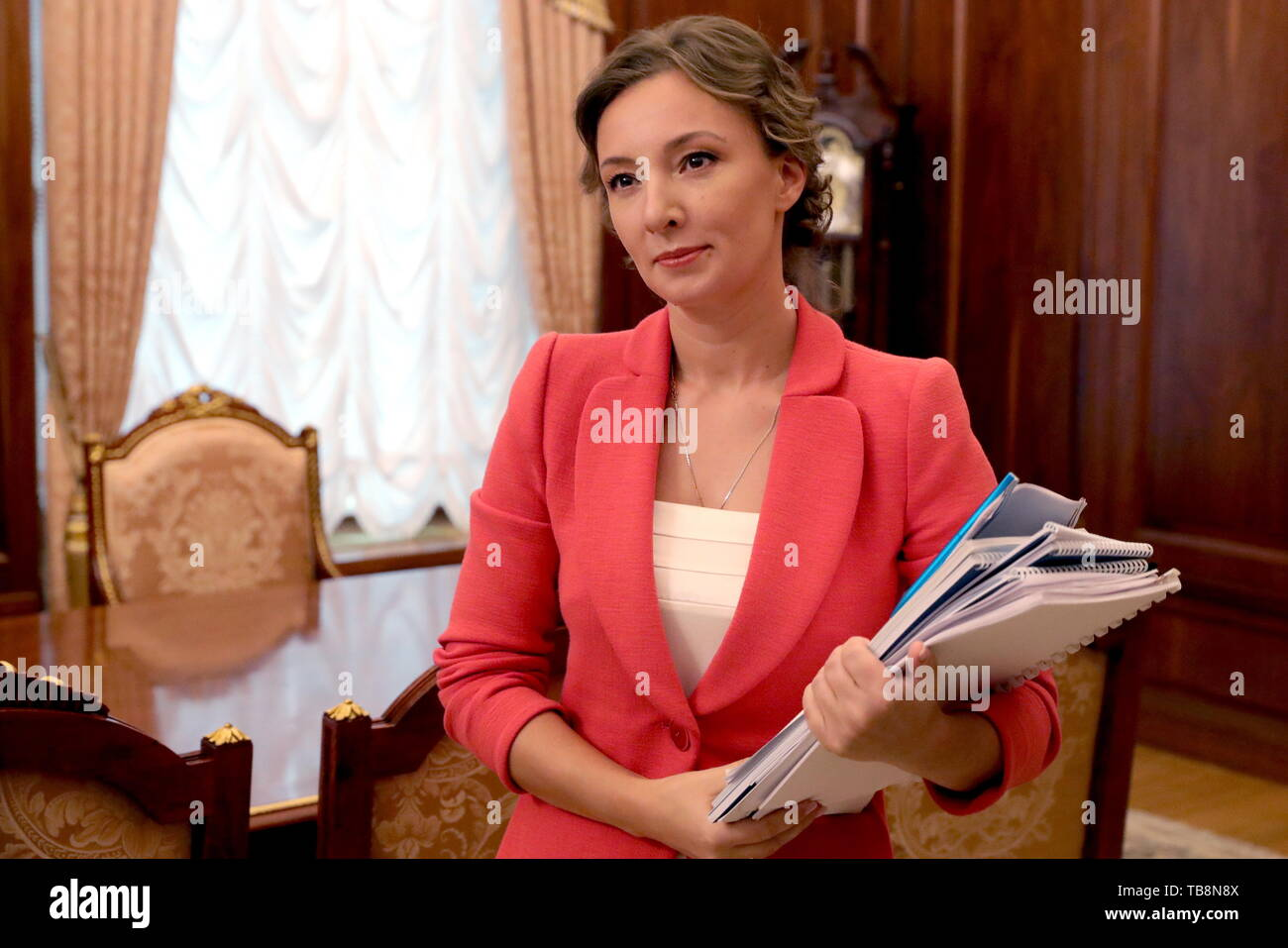 Moscow, Russia. 31st May, 2019. MOSCOW, RUSSIA - MAY 31, 2019: Russia's Presidential Commissioner for Children's Rights Anna Kuznetsova during a meeting with Russia's President Vladimir Putin at the Moscow Kremlin. Mikhail Klimentyev/Russian Presidential Press and Information Office/TASS Credit: ITAR-TASS News Agency/Alamy Live News - Stock Image