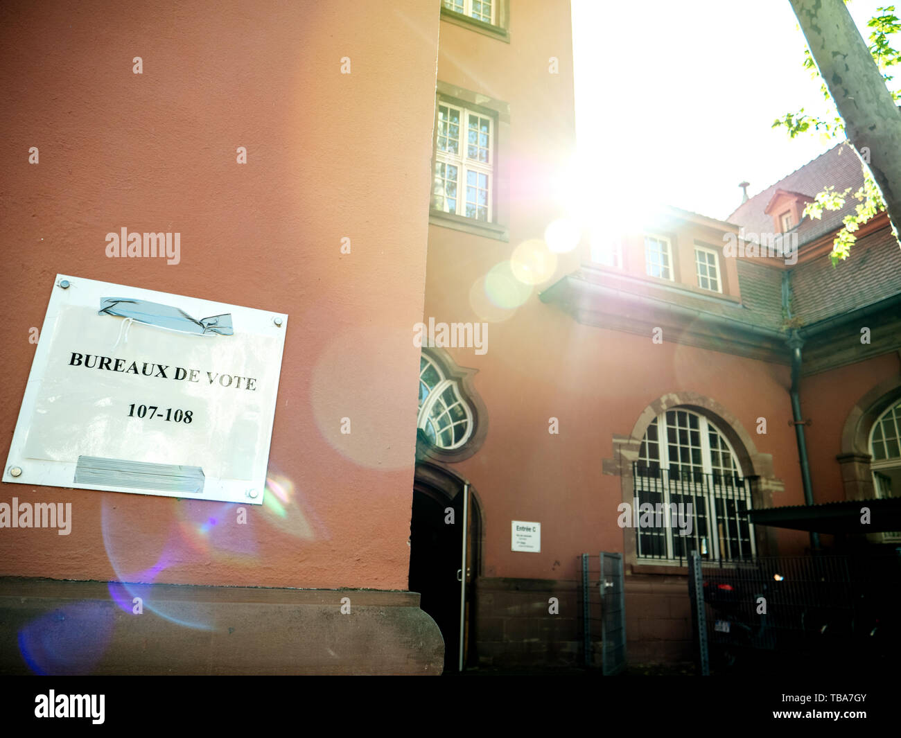 Strasbourg, France - May 26, 2019: entrance to polling station bureaux de vote in France on the 2019 European Parliament election day - Stock Image