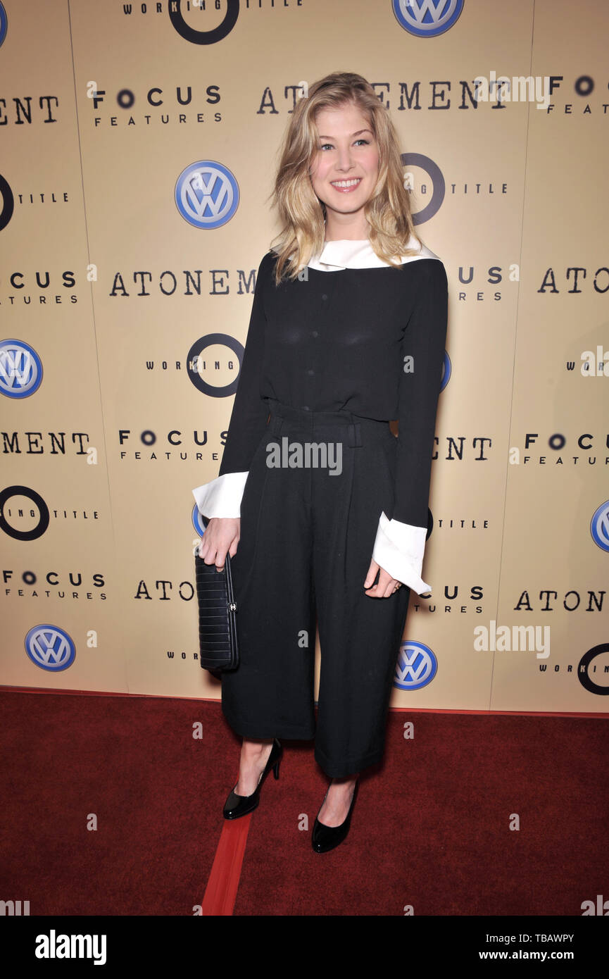 LOS ANGELES, CA. December 06, 2007: Rosamund Pike at the Los Angeles premiere of 'Atonement' at the Academy Theatre, Beverly Hills. - Stock Image