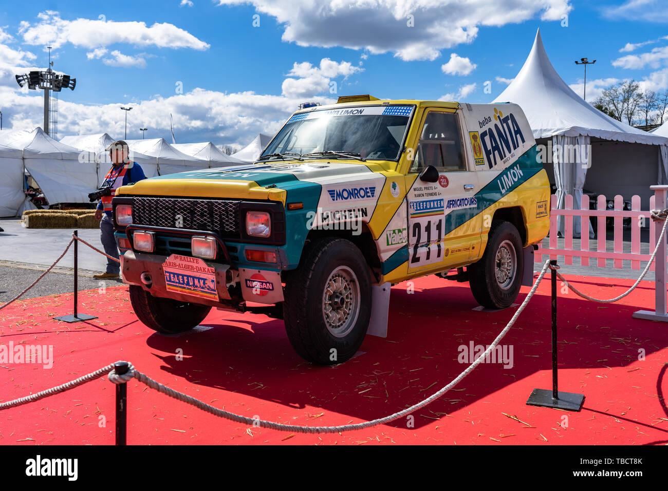 Nissan Patrol Stock Photos & Nissan Patrol Stock Images - Alamy