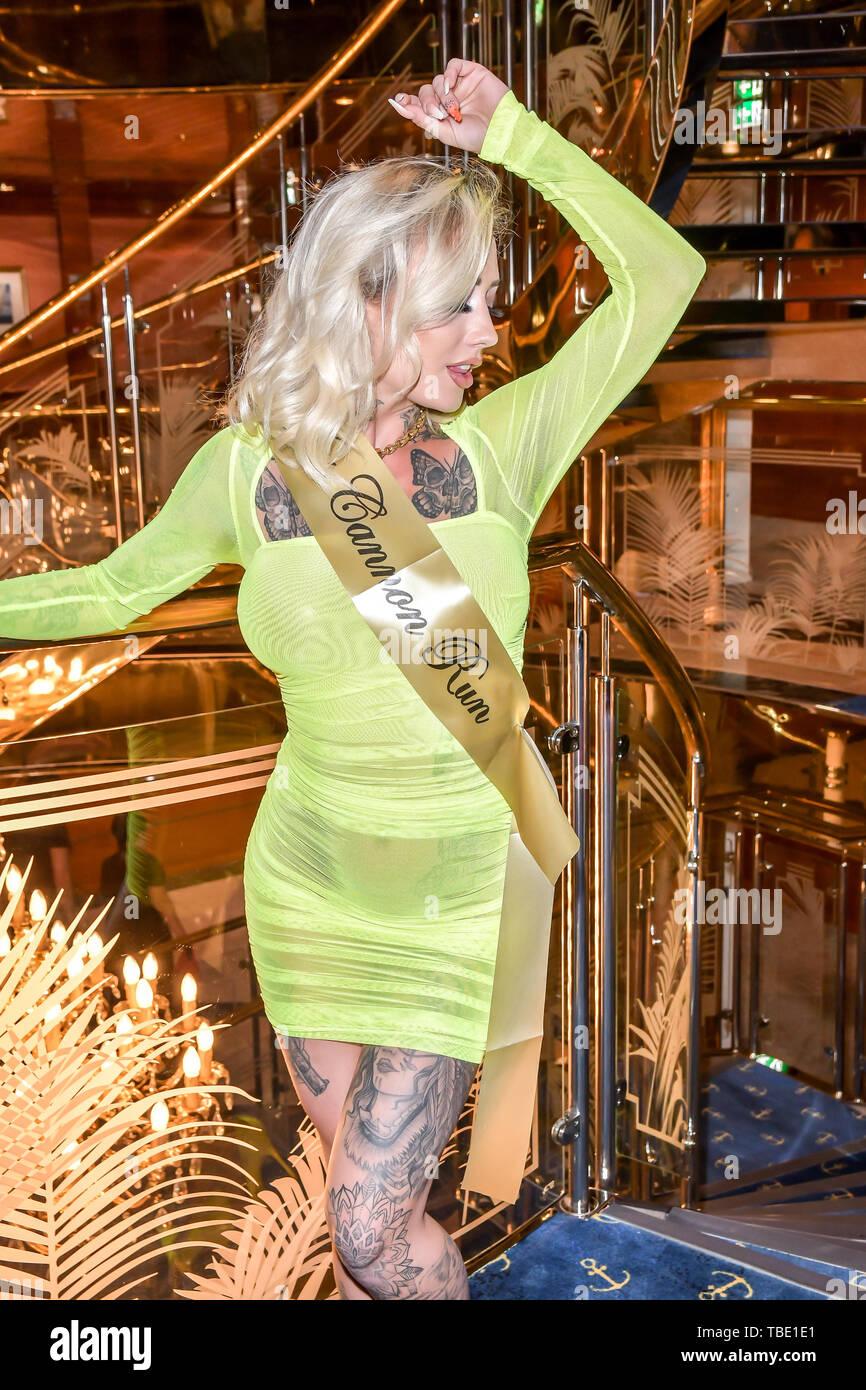 Miss Bikini High Resolution Stock Photography And Images Alamy