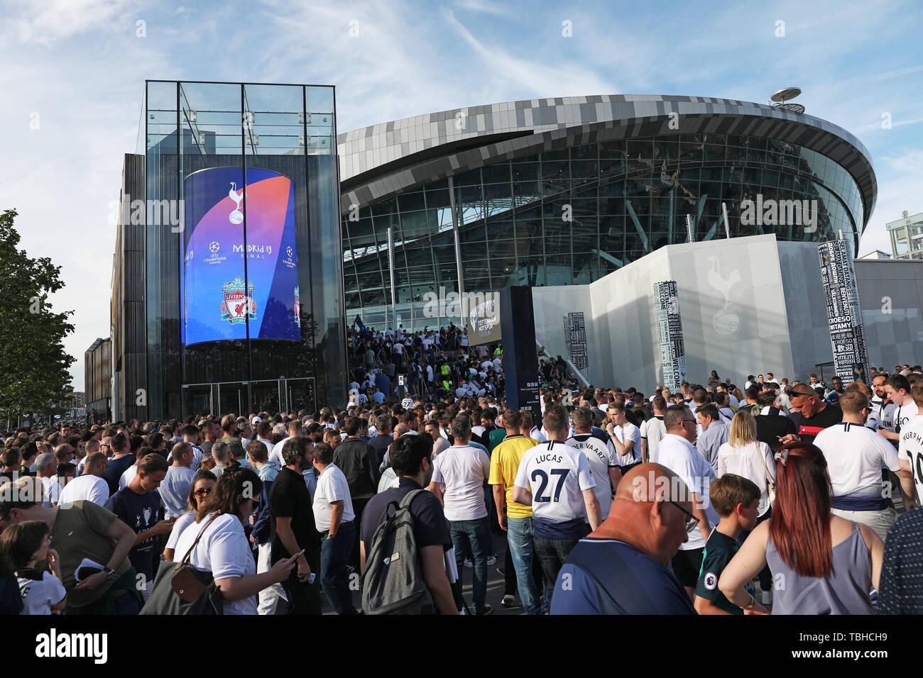 Tottenham Hotspur Fans Outside The Club S Stadium In London Ahead Of The Uefa Champions League Final Between Tottenham And Liverpool At The Wanda Metropolitan Stadium In Madrid Spain On Saturday Night Stock