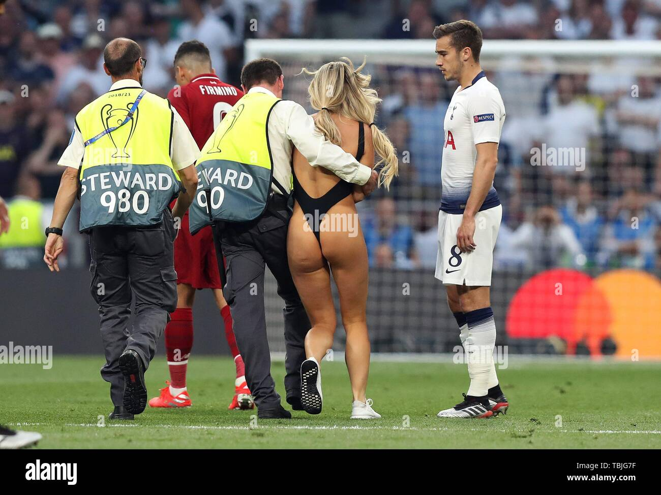 EXTRA: Lady Who Ran Out During UCL Finals In Madrid Talks