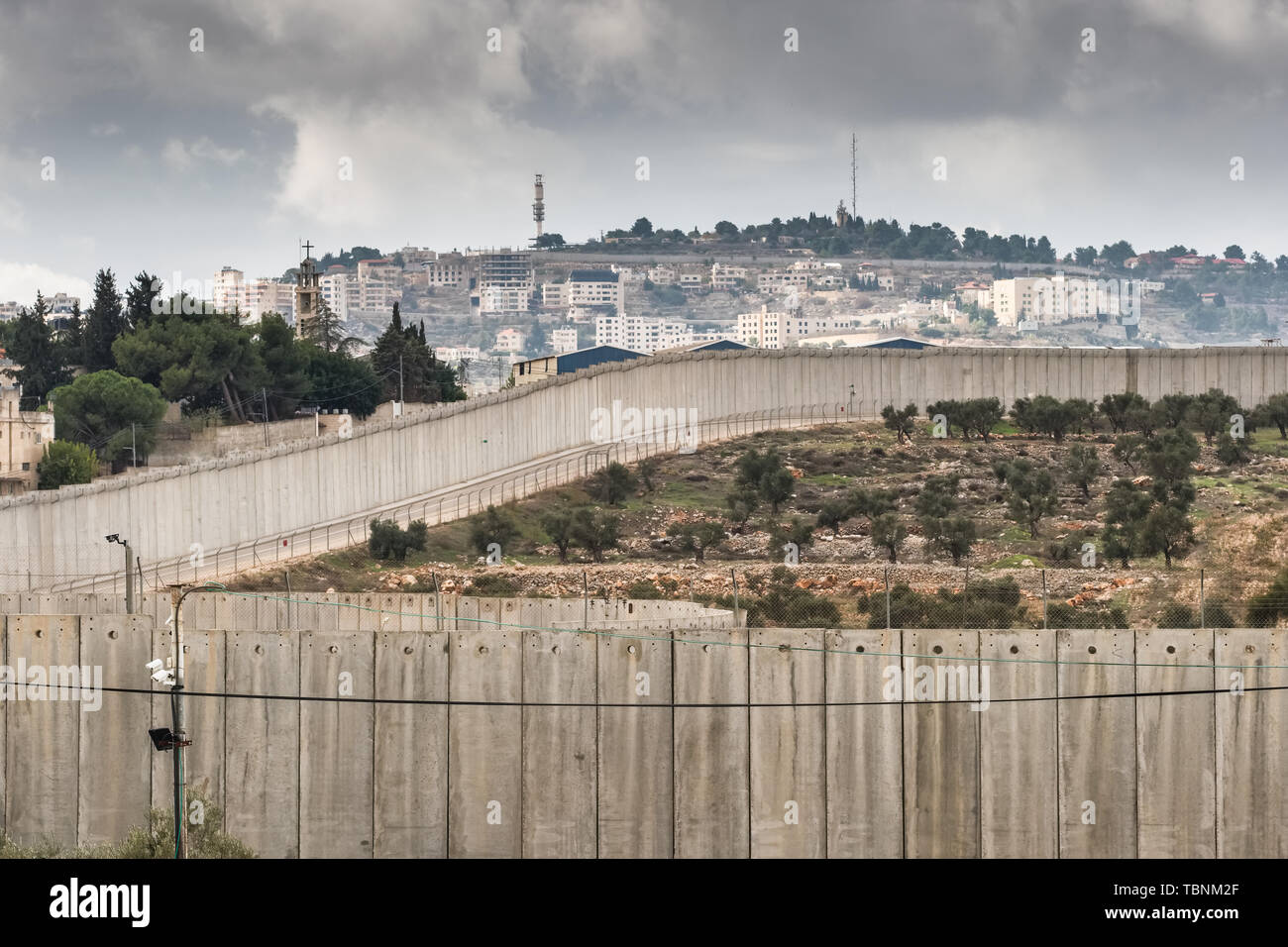 Separation wall between Israel and West Bank - Stock Image