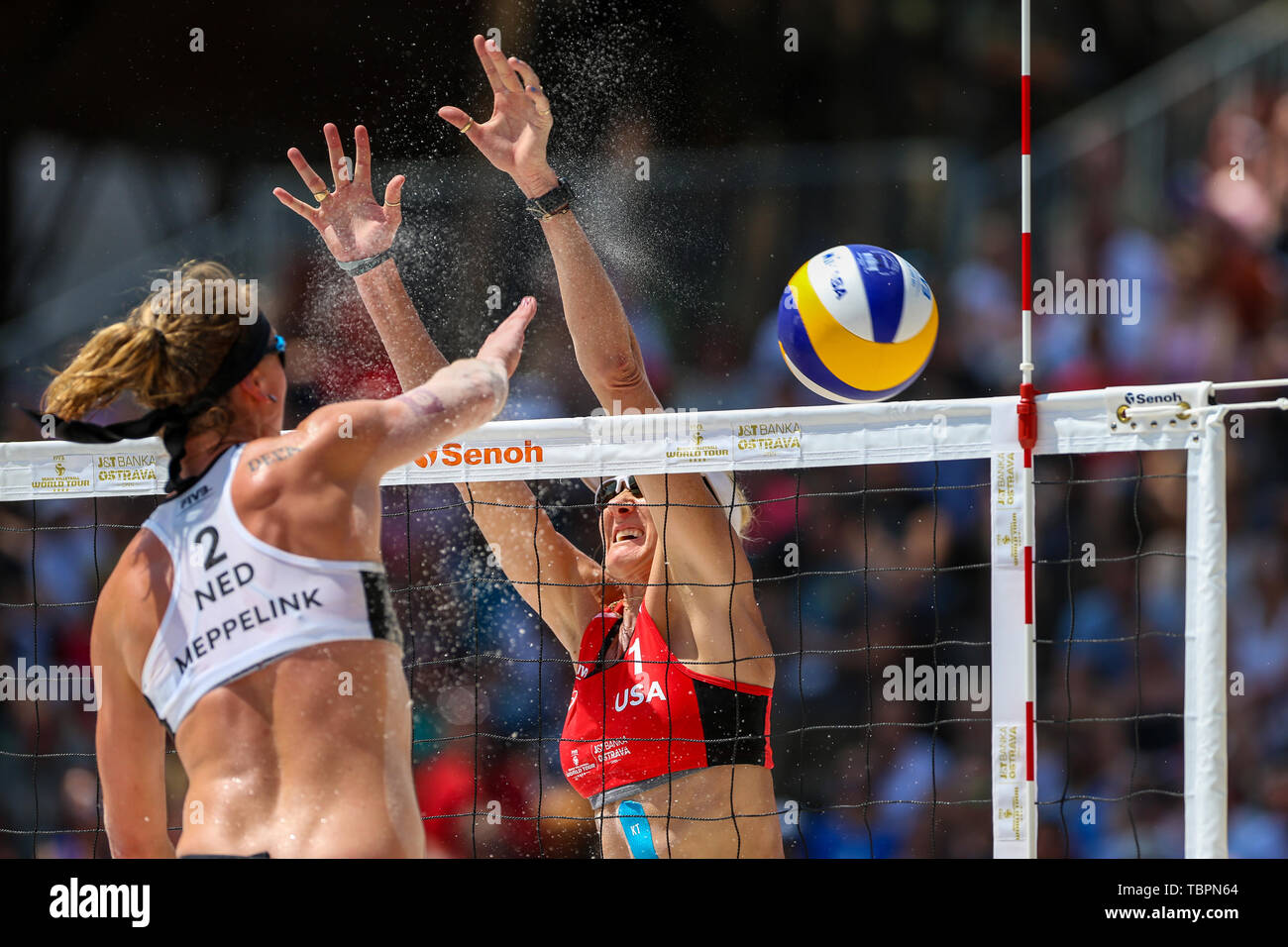 Ostrava, Czech Republic. 02nd June, 2019. L-R MADELEIN MEPPELINK (Netherlands) and KERRI WALSH JENNINGS (USA) in action during the four-star J&T Banka Ostrava Beach Open 2019, part of the FIVB Beach Volleyball World Tour, in Ostrava, Czech Republic, on July 2, 2019. Credit: Vladimir Prycek/CTK Photo/Alamy Live News Stock Photo