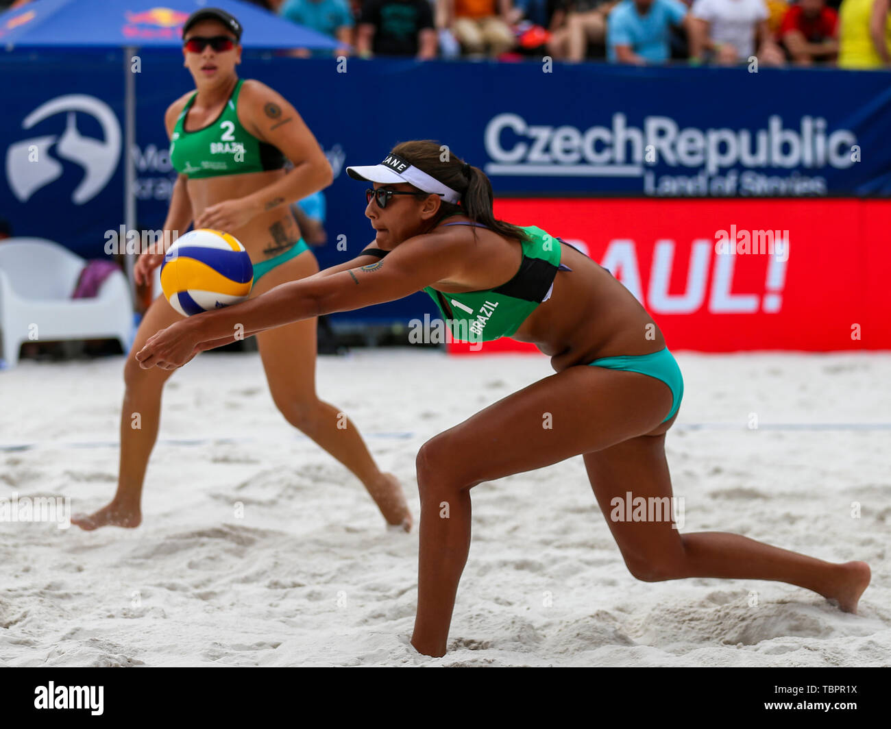 Ostrava, Czech Republic. 01st June, 2019. L-R Rebecca Cavalcanti Barbosa Silva and Ana Patricia Silva Ramos (Brazil) in action during the four-star J&T Banka Ostrava Beach Open 2019, part of the FIVB Beach Volleyball World Tour, in Ostrava, Czech Republic, on June 1, 2019. Credit: Vladimir Prycek/CTK Photo/Alamy Live News Stock Photo