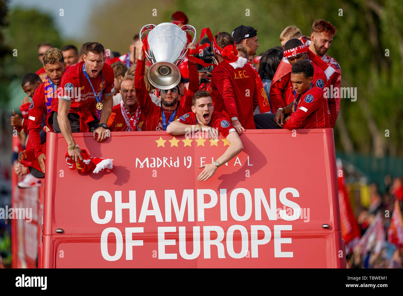 2nd june 2019 liverpool england uefa champions league liverpool fc champions league winners celebrations and open top bus parade credit terry donnelly news images stock photo alamy https www alamy com 2nd june 2019 liverpool england uefa champions league liverpool fc champions league winners celebrations and open top bus parade credit terry donnellynews images image248266705 html