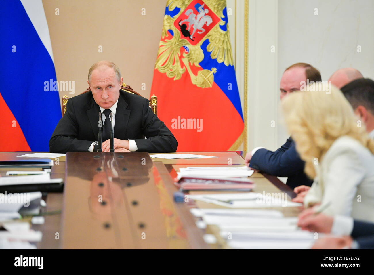 Moscow, Russia. 04th June, 2019. MOSCOW, RUSSIA - JUNE 4, 2019: Russia's President Vladimir Putin (L) chairs a Russian government meeting at the Moscow Kremlin. Alexei Druzhinin/Russian Presidential Press and Information Office/TASS Credit: ITAR-TASS News Agency/Alamy Live News - Stock Image