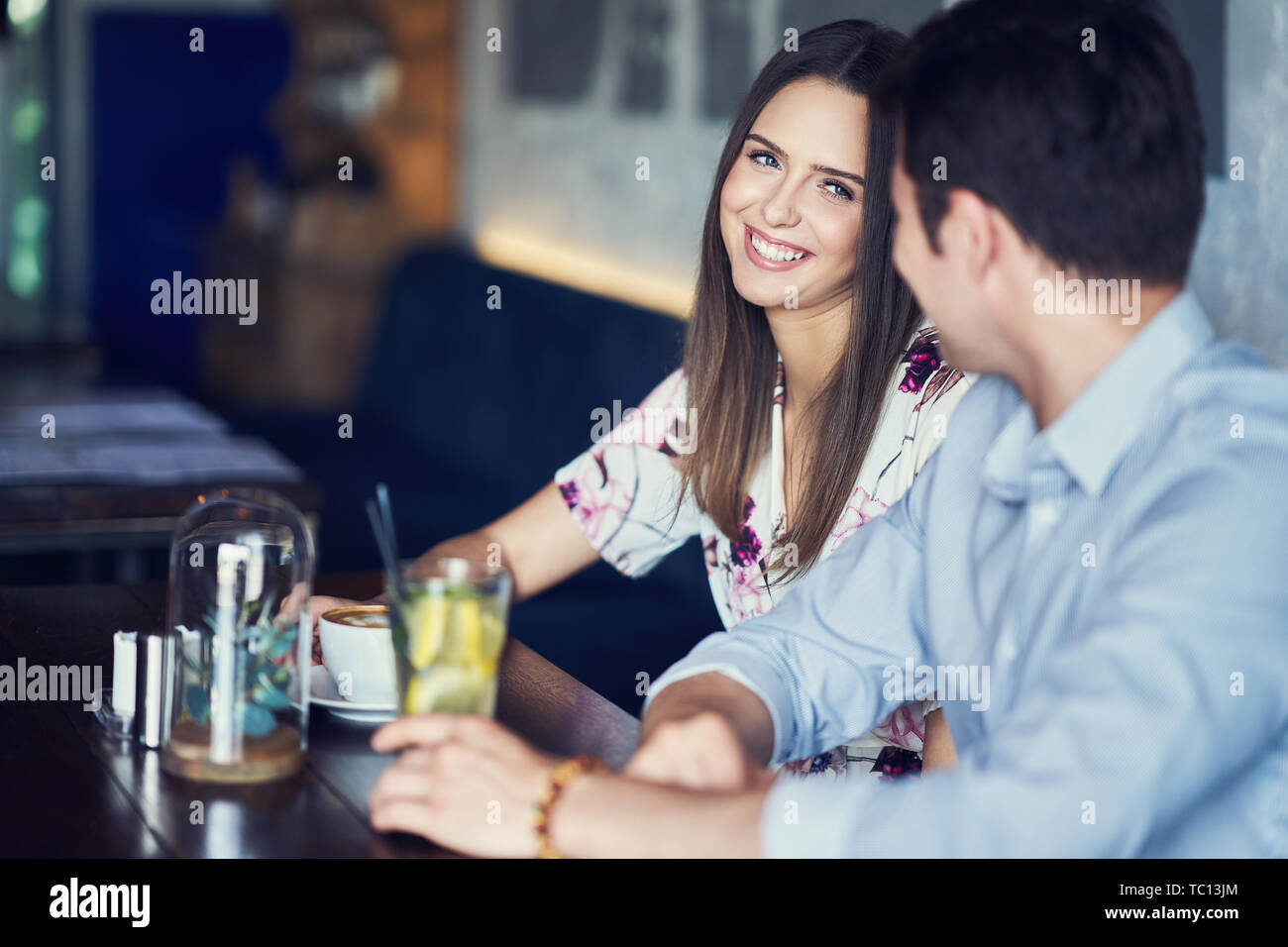 dö Live dating show