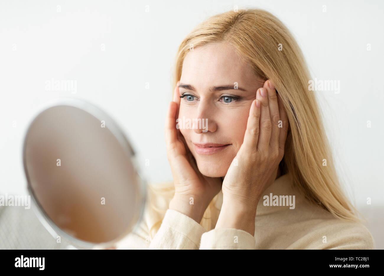 Mature blondes tpg