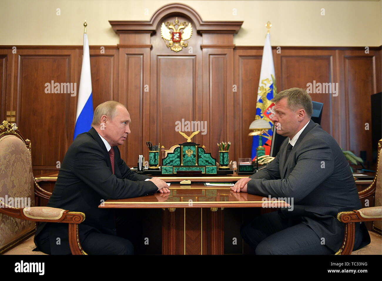 Moscow, Russia. 05th June, 2019. MOSCOW, RUSSIA - JUNE 5, 2019: The President of Russia Vladimir Putin (L) and the newly appointed acting governor of Astrakhan Region, Igor Babushkin, talk during a meeting in the Moscow Kremlin. Alexei Druzhinin/Russian Presidential Press and Information Office/TASS Credit: ITAR-TASS News Agency/Alamy Live News - Stock Image