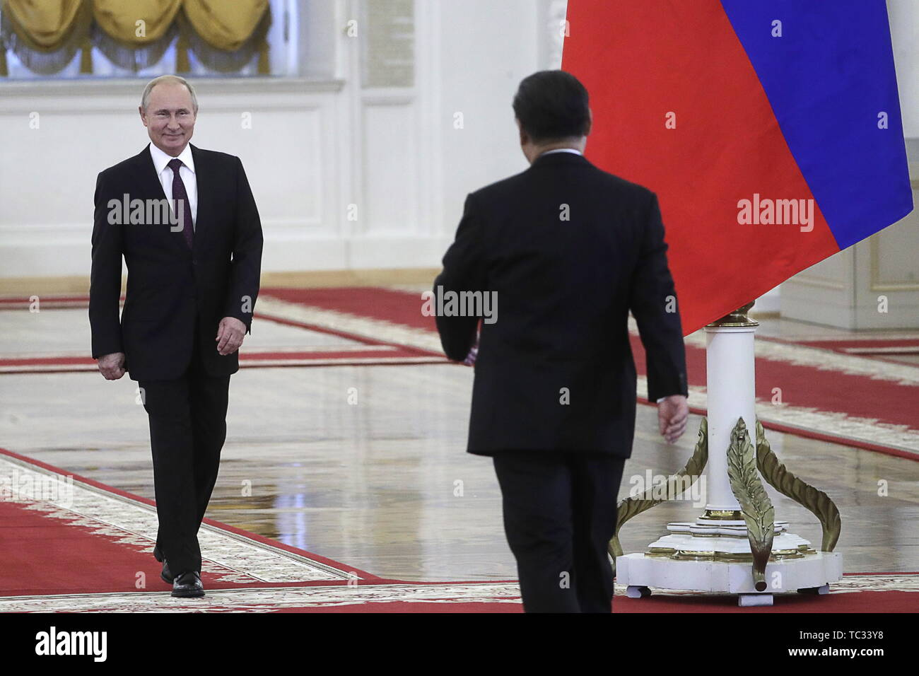 Moscow, Russia. 05th June, 2019. MOSCOW, RUSSIA - JUNE 5, 2019: Russia's President Vladimir Putin (L) and China's President Xi Jinping during a meeting in the Moscow Kremlin; the Chinese leader is on a three-day state visit to Russia. Mikhail Metzel/TASS Credit: ITAR-TASS News Agency/Alamy Live News - Stock Image