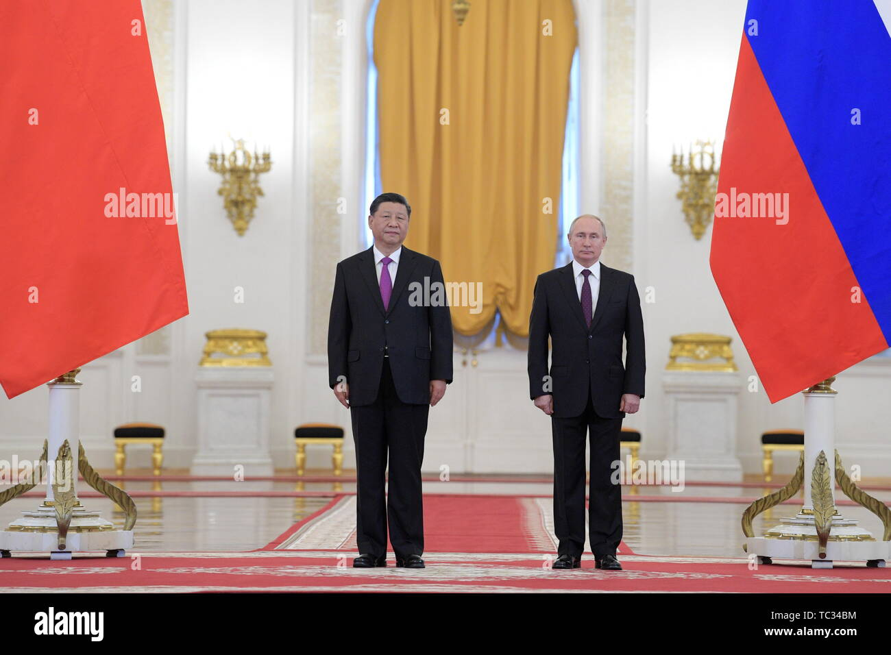 Moscow, Russia. 05th June, 2019. MOSCOW, RUSSIA - JUNE 5, 2019: China's President Xi Jinping (L) and Russia's President Vladimir Putin during a meeting in the Moscow Kremlin; the Chinese leader is on a three-day state visit to Russia. Alexei Druzhinin/Russian Presidential Press and Information Office/TASS Credit: ITAR-TASS News Agency/Alamy Live News - Stock Image