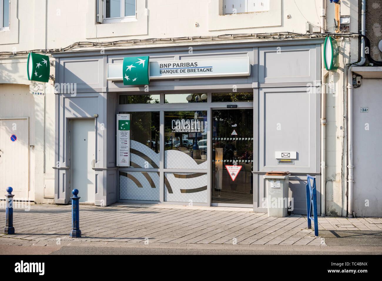 BNP Paribas branch, Saint Malo, Brittany, France - Stock Image