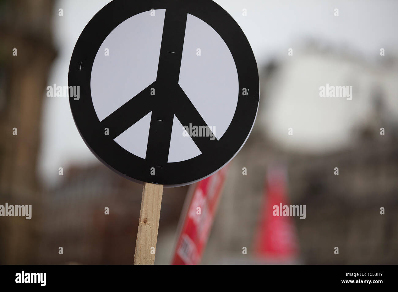 Psychedelic Peace Sign Stock Photos & Psychedelic Peace Sign