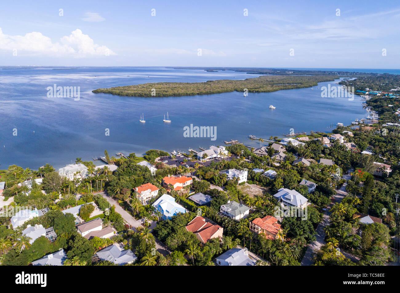 Captiva Island Florida Pine Island Sound Gulf of Mexico Roosevelt Channel Buck Key Preserve homes aerial overhead bird's eye view above Stock Photo
