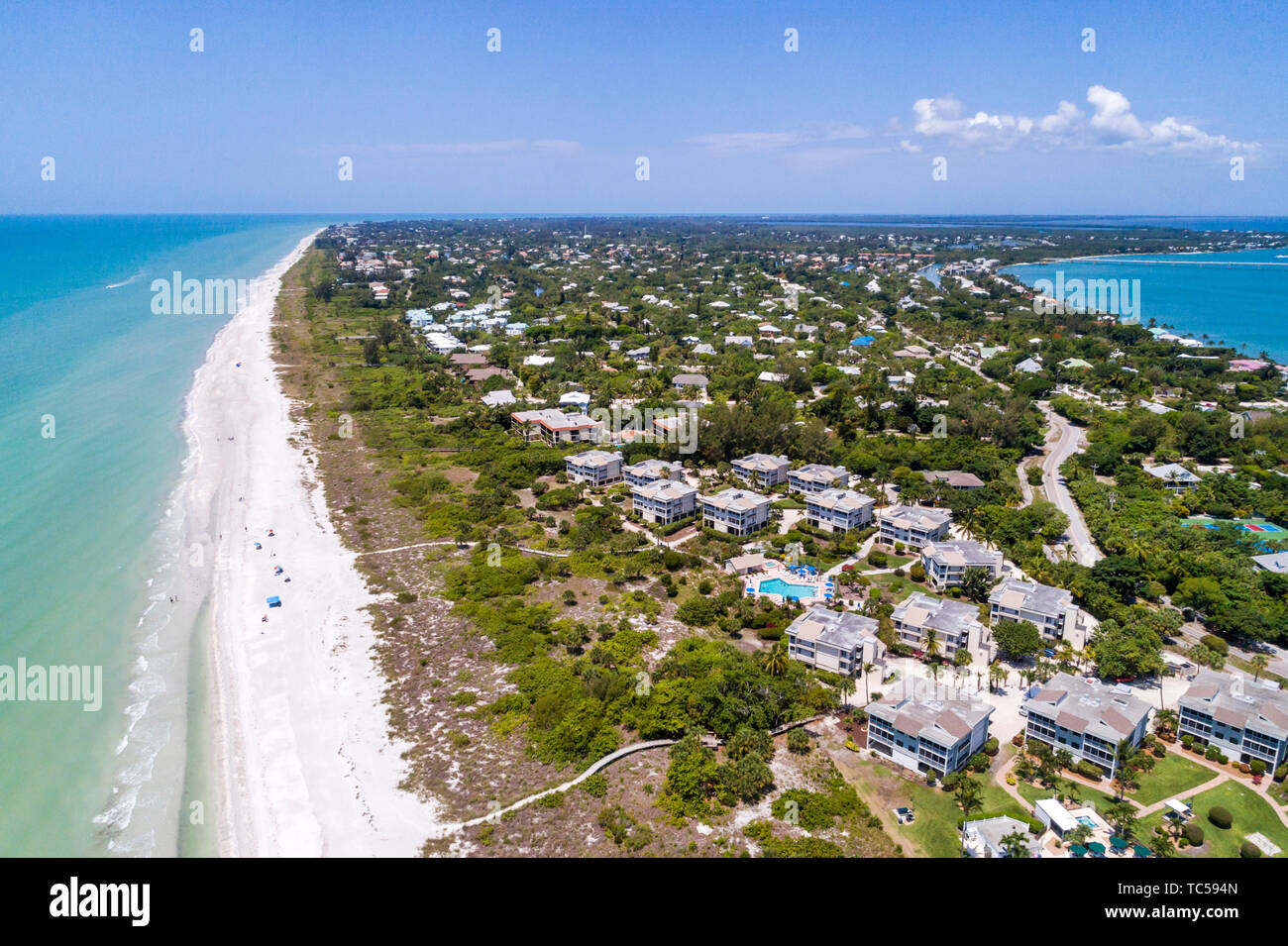 Sanibel Island Florida Gulf of Mexico beach Periwinkle Way homes Sanibel Beach Club resort aerial overhead bird's eye view above - Stock Image