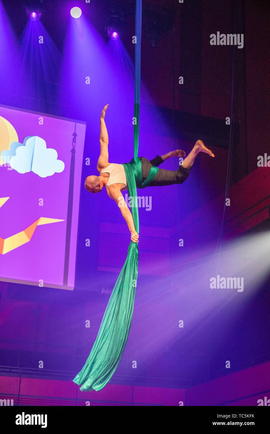 Aerial Silk Acrobatics, Annual Children's Cultural Celebration, Reykjavik, Iceland - Stock Image