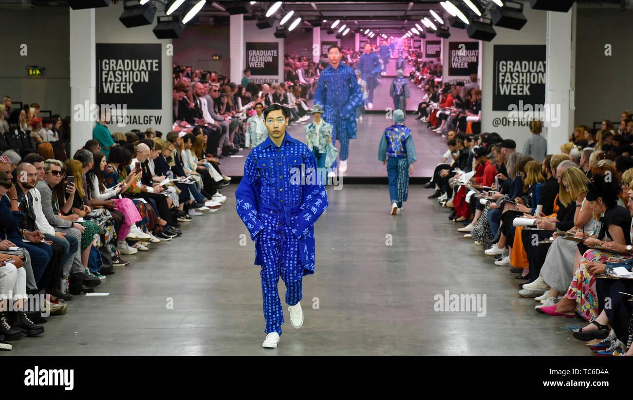 Fashion Design School In London Uk School Style