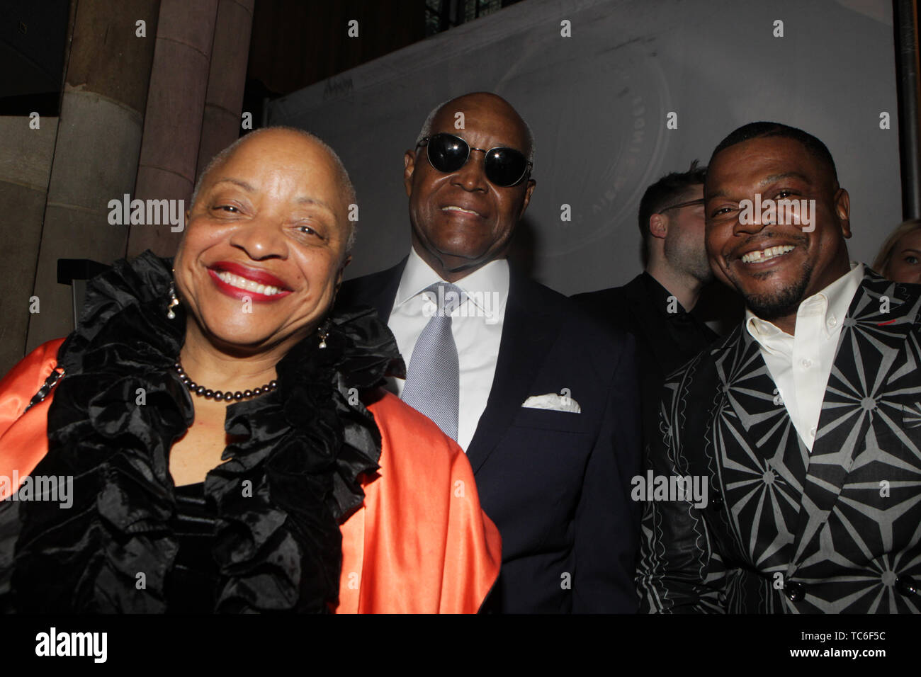 NEW YORK, NEW YORK-JUNE 4: (L-R) Photographic Historian/Author/Arts Educator Dr. Deb Willis, Dr. Hank Thomas and Visual Artist Kehinde Wiley (Honoree) attend the 2019 Gordon Parks Foundation Awards Dinner and Auction Red Carpet celebrating the Arts & Social Justice held at Cipriani 42nd Street on June 4, 2019 in New York City.  Photo Credit: Mpi43/MediaPunch - Stock Image