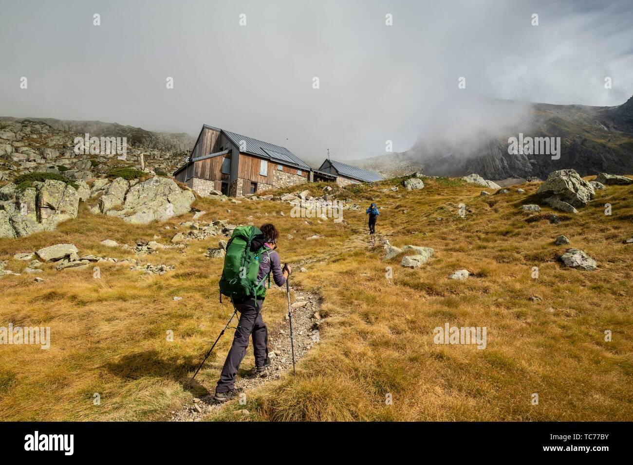 refugio des Estagnous, valle de Valier -Riberot-, Parque Natural Regional de los Pirineos de Ariège, cordillera de los Pirineos, Francia. - Stock Image