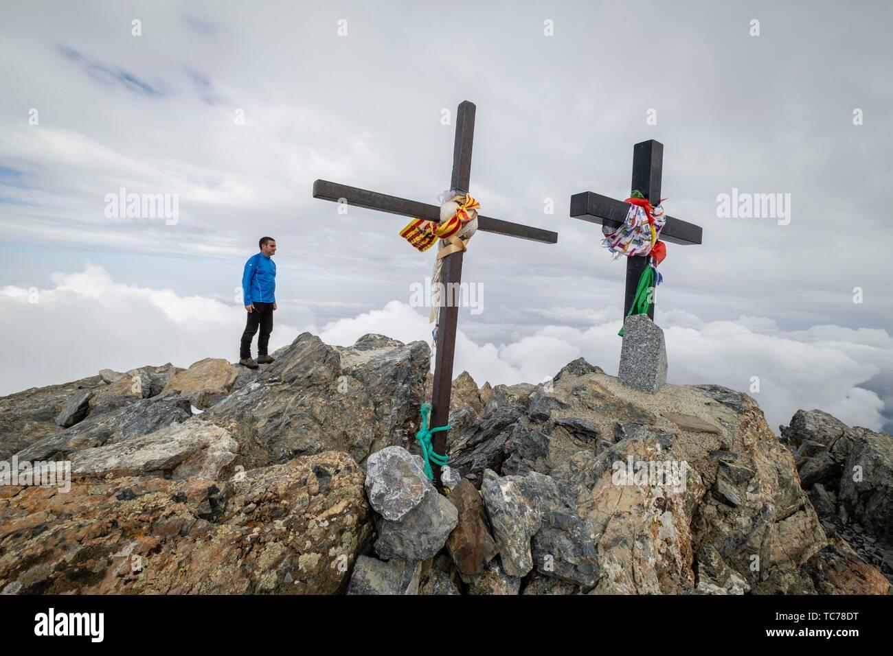cima del Mont Valier, 2838 mts, valle de Valier -Riberot-, Parque Natural Regional de los Pirineos de Ariège, cordillera de los Pirineos, Francia. - Stock Image