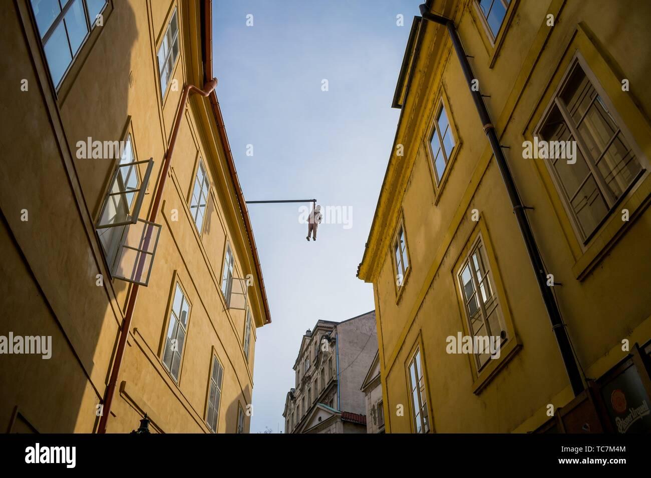 Hanging statue of Sigmund Freud in Husova street, Prague, Czech Republic - Stock Image