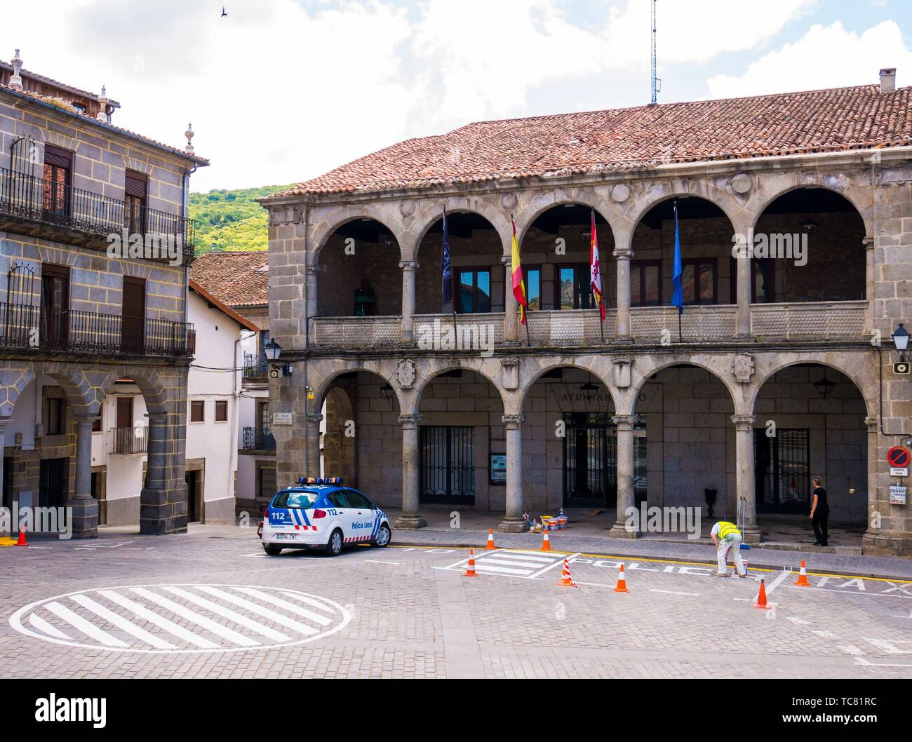 Promover boicotear mucho  Ayuntamiento de Béjar. Salamanca. Castilla León. España Stock Photo - Alamy