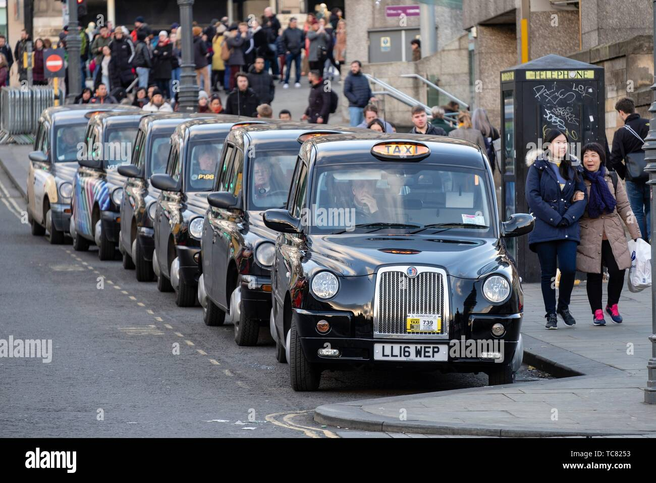 Taxi rank, Edinburgh, Lowlands, Scotland, United Kingdom. Stock Photo