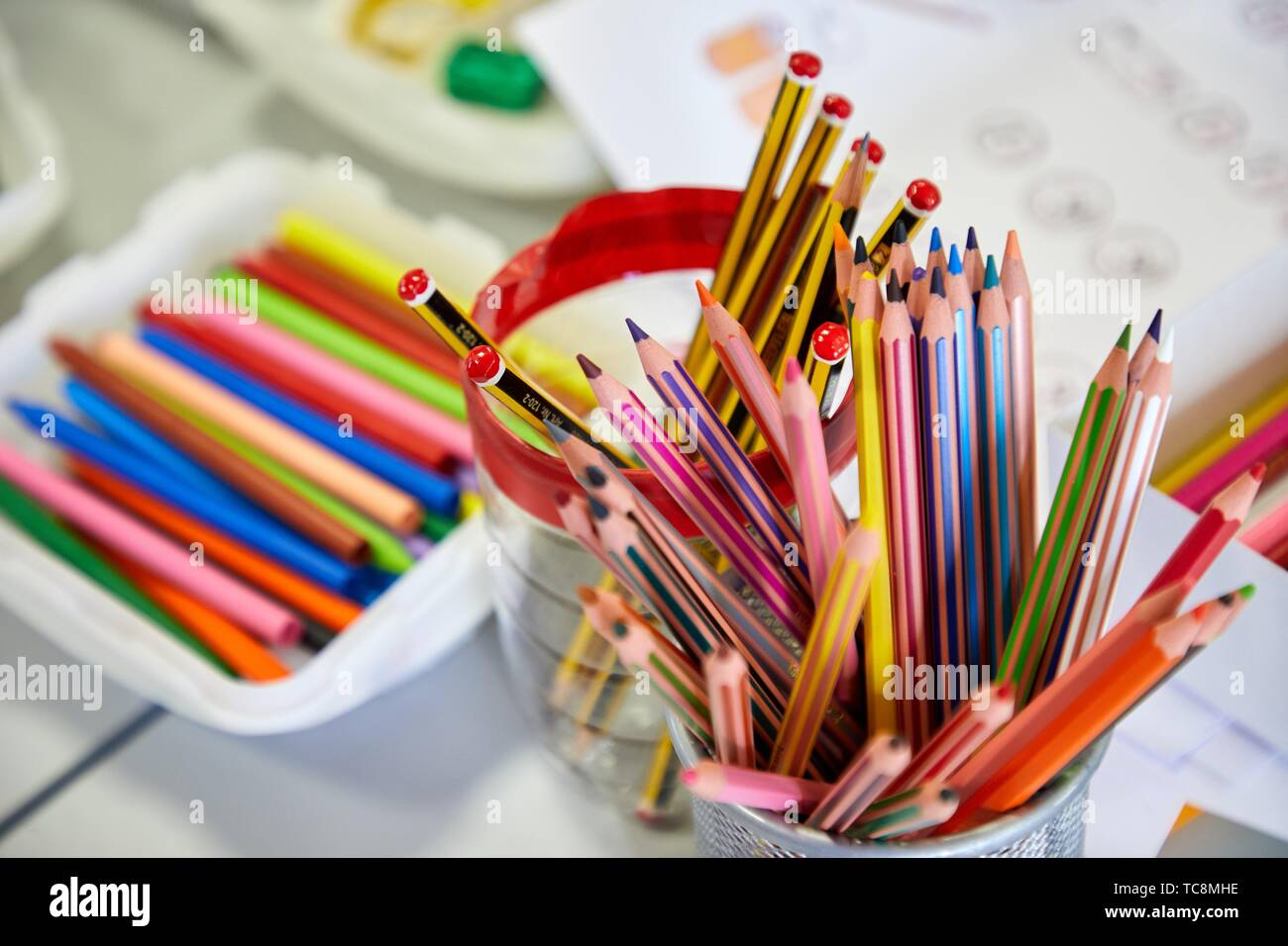 Colored pencils and paints, classroom of studies and games, Plant for hospitalization of children, Pediatrics, Medical care, Hospital Donostia, San - Stock Image