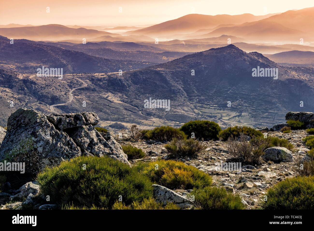 Jew hill in Sierra Paramera and Sierra de Gredos on the background. Avila. Spain. Europe. - Stock Image