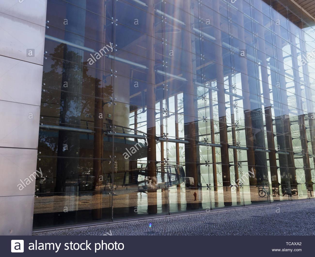 Plate Glass Exterior Wall Centro De Congressos Do Estoril Portugal Stock Photo Alamy