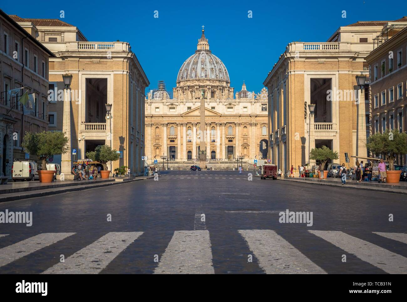 ROME, VATICAN STATE - AUGUST 20, 2018: Saint Peter Cathedral in Vatican with the famous Cupola, early morning daylight and still few tourists. Stock Photo