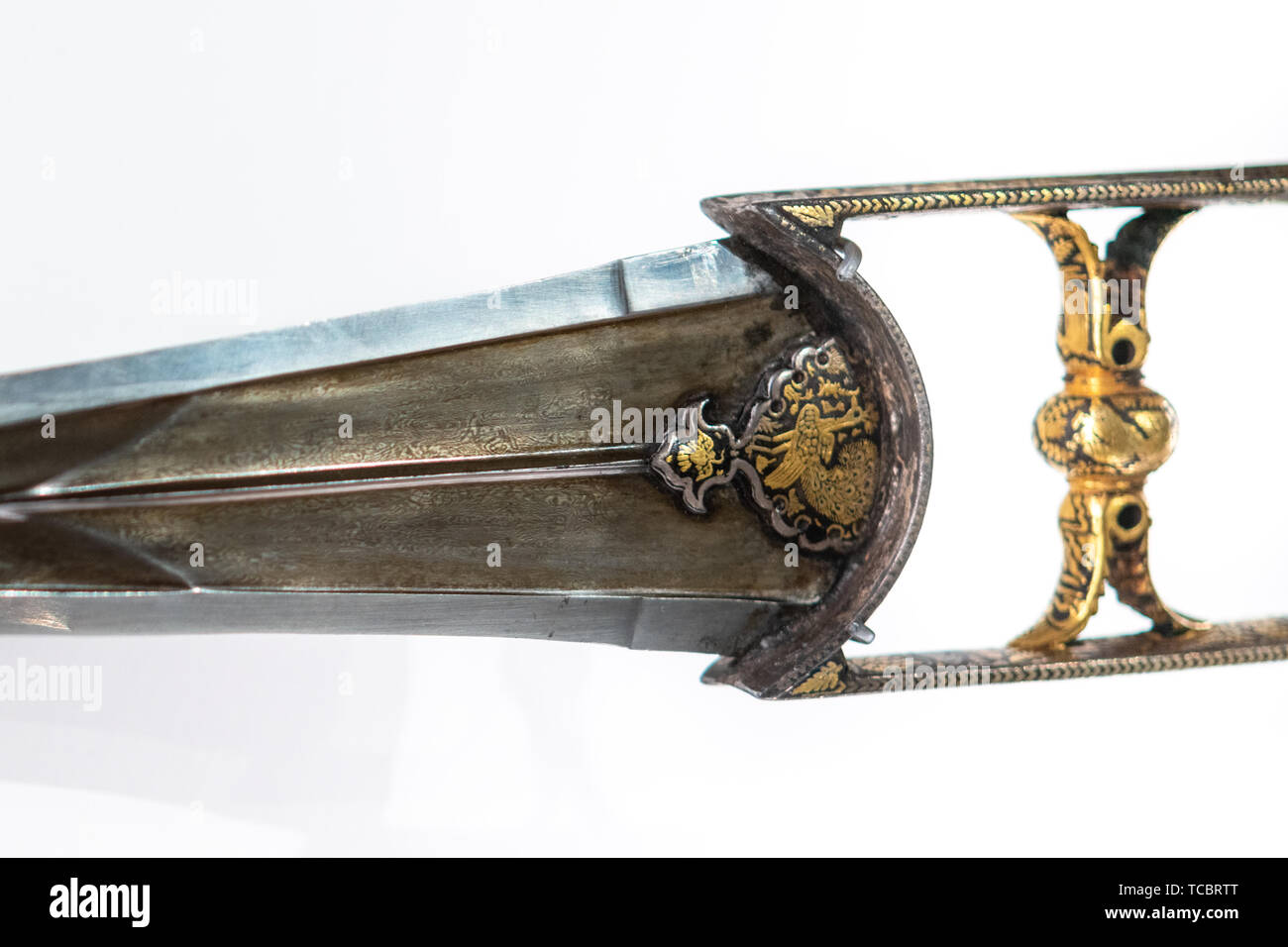 Punch dagger which was a traditional weapon in India. Exhibit 'Treasures of a Desert Kingdom: The Royal Arts of Jodhpur' in the Royal Ontario Museum - Stock Image