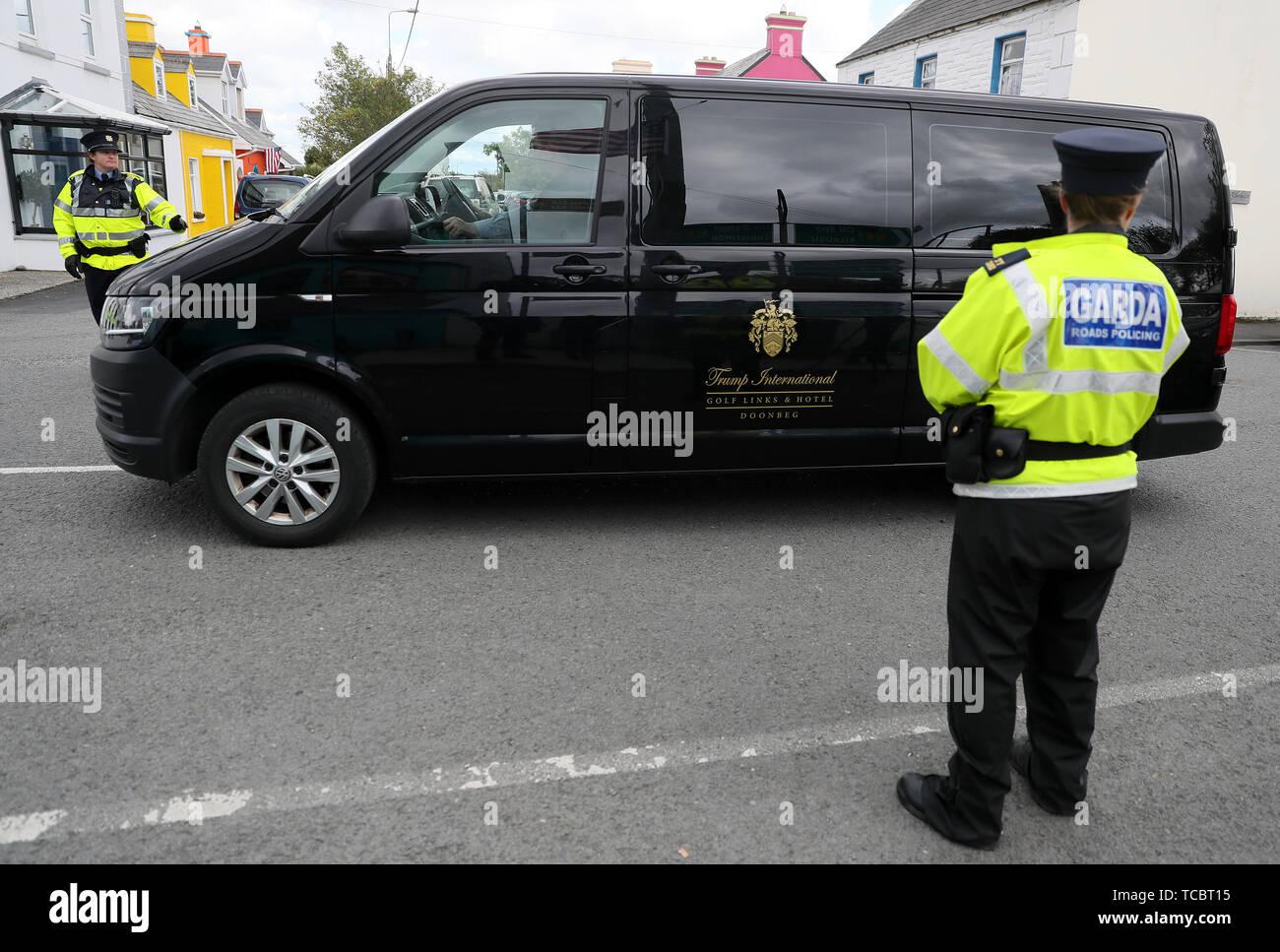 Garda Van Stock Photos & Garda Van Stock Images - Alamy