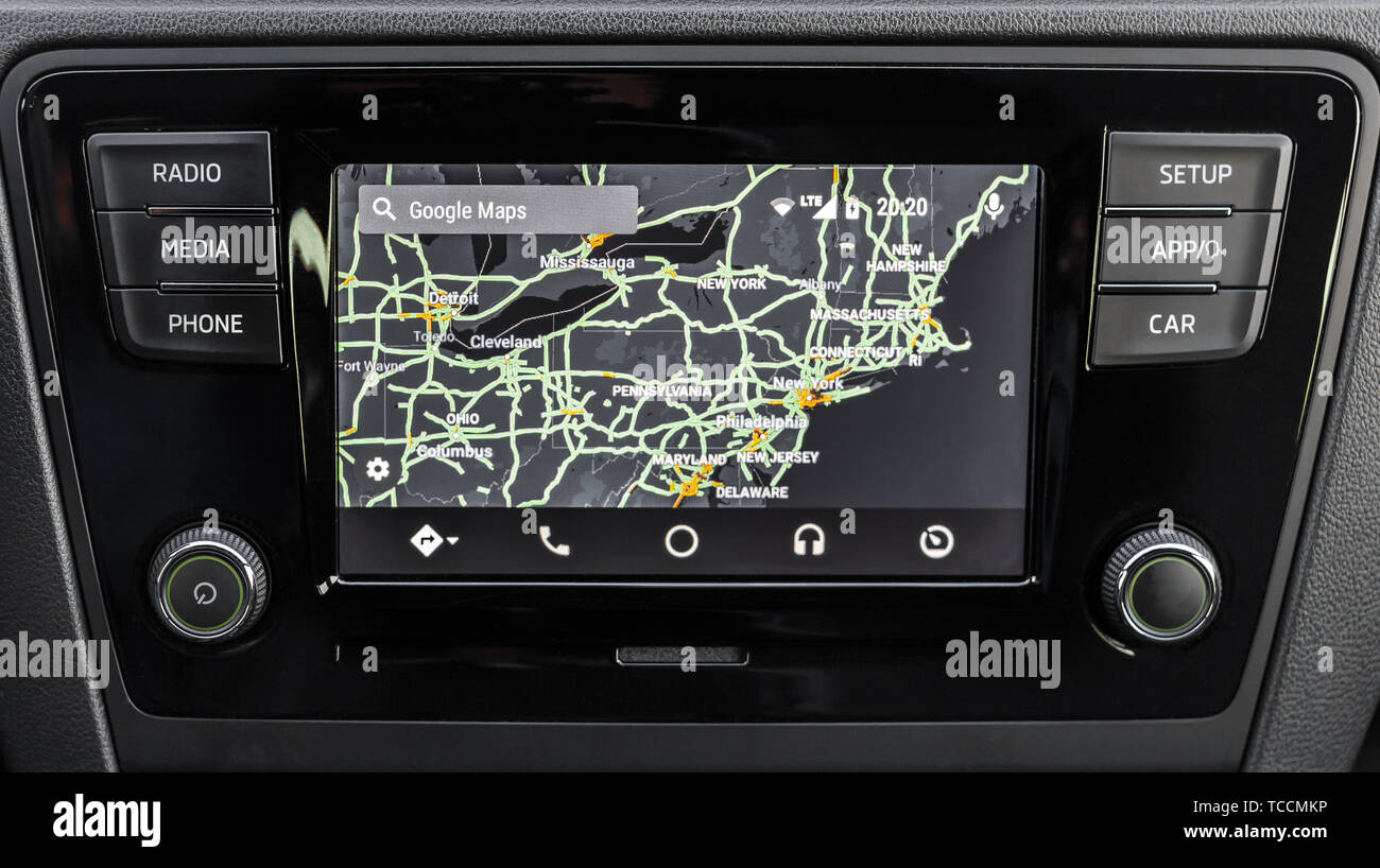 Android Auto Maps Navigation Car Stock Photos & Android Auto Maps