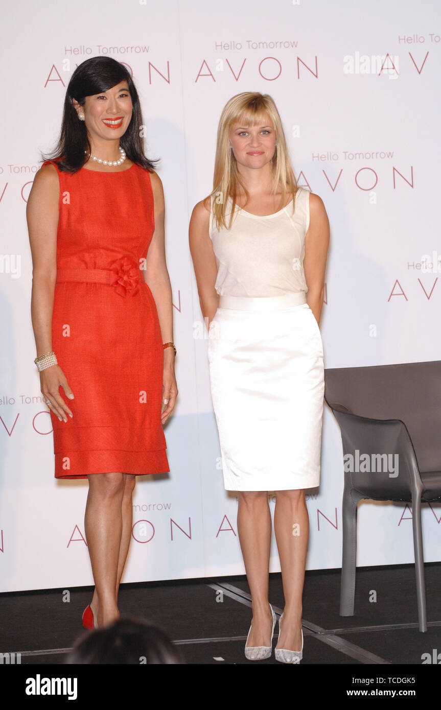 hollywood actress and global ambassador for avon high resolution stock photography and images alamy https www alamy com los angeles ca august 01 2007 actress reese witherspoon right andrea jung chairman ceo of avon products inc at press conference in beverly hills 2007 paul smith featureflash image248619481 html