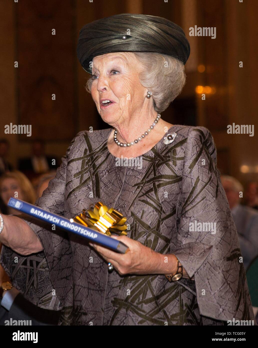 Rotterdam, Netherlands. 07th June, 2019. Princess Beatrix of The Netherlands at the city hall in Rotterdam, on June 07, 2019, to attend the the celebration of the 250th anniversary of the Batavian Society of Experimental Philosophy Credit: Albert Ph van der Werf/Netherlands OUT/Point De Vue OUT |/dpa/Alamy Live News - Stock Image