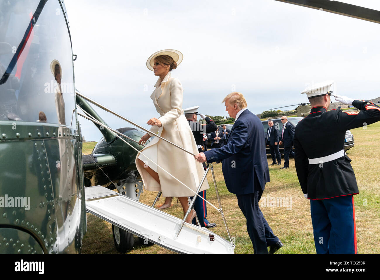 London, UK. 05th June, 2019. President Donald J. Trump and First Lady Melania Trump board Marine One at the Southsea Castle Landing Zone in Portsmouth, England Wednesday, June 5, 2019, en route to Southampton Airport. People: President Donald Trump, Melania Trump Credit: Storms Media Group/Alamy Live News - Stock Image