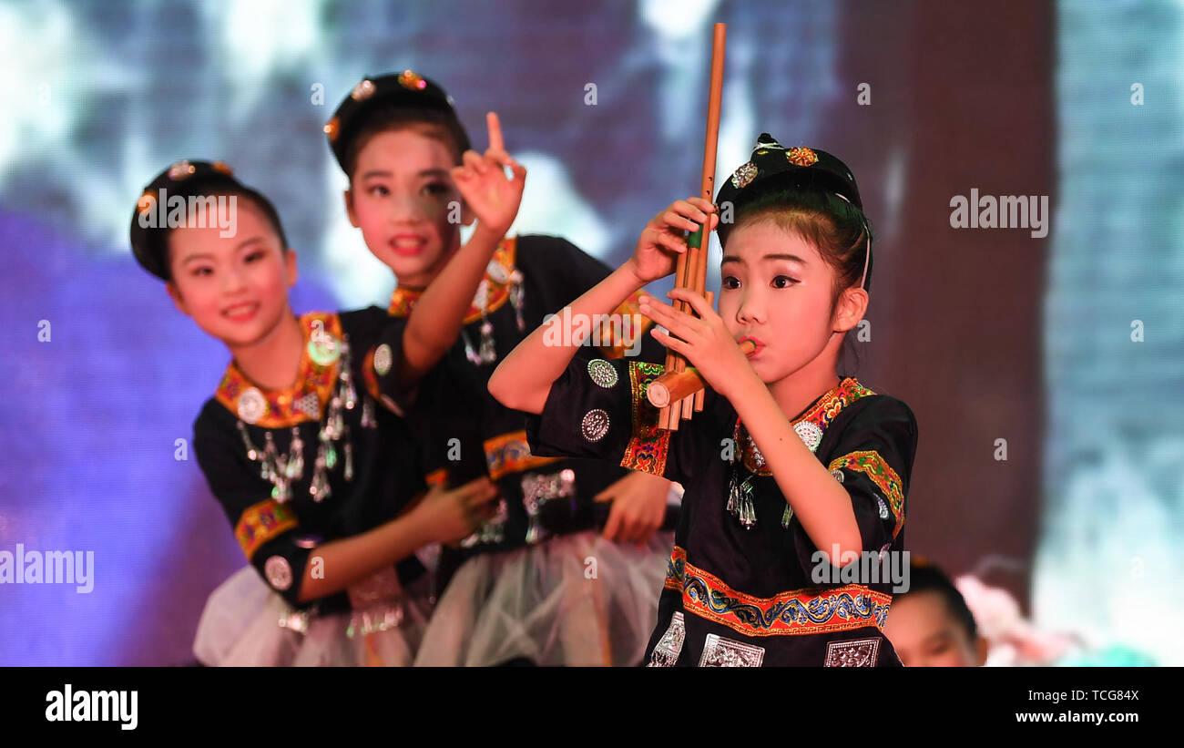 Laibin, China  8th June, 2019  Contestants participate in a