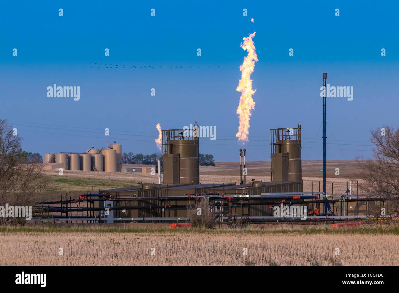 Flaring of natural gas in the Bakken Play oil fields near Williston, North Dakota, USA. - Stock Image