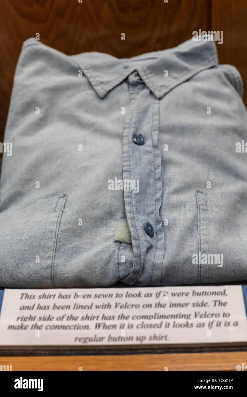 Carville, Louisiana - A shirt with velcro adapted for a leprosy patient on display at the National Hansen's Disease Museum. Once a facility where peop - Stock Image