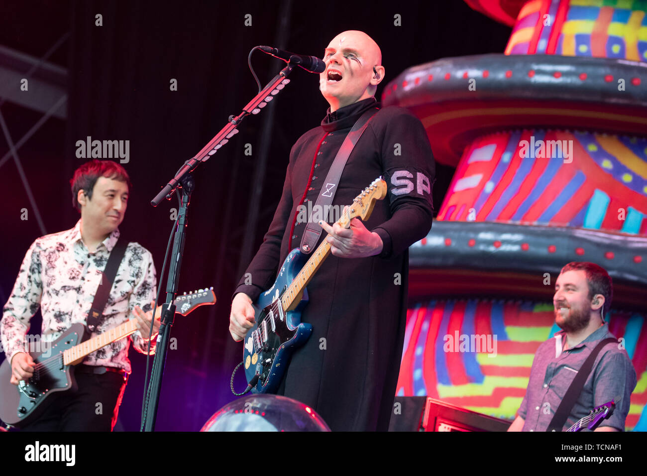 Nuremberg, Germany. 09th June, 2019. Billy Corgan (M), frontman of the US-American alternative rock band The Smashing Pumpkins, is on stage at the open-air festival 'Rock im Park'. From 7 to 9 June, the festival had a total of around 75 music acts on its programme and around 70,000 guests were expected. Credit: Daniel Karmann/dpa/Alamy Live News - Stock Image