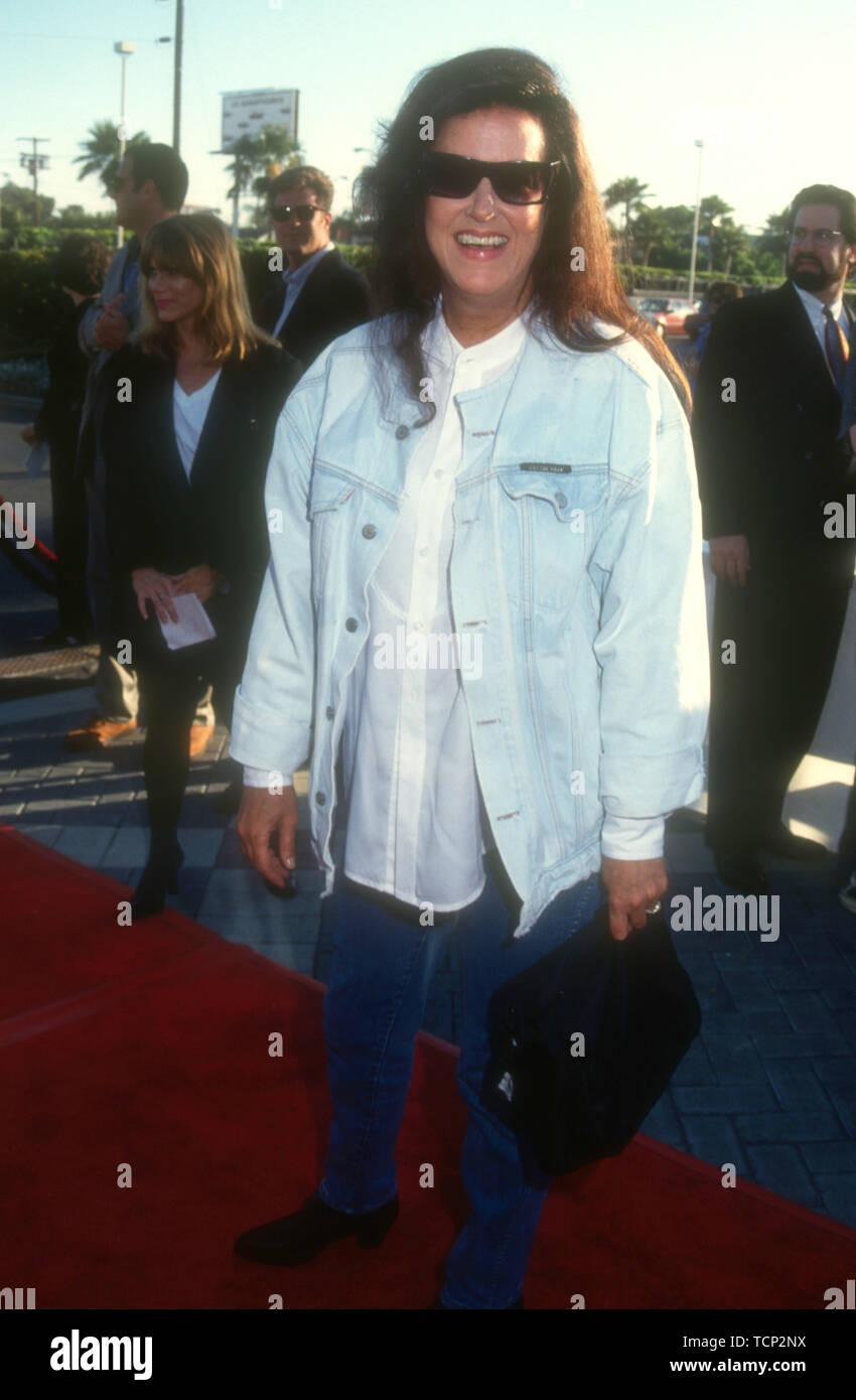 Hollywood, California, USA 23rd June 1994 Singer/songwriter Grace Slick attends Paramount Pictures 'Forrest Gump' Premiere on June 23, 1994 at Paramount Studios in Hollywood, California, USA. Photo by Barry King/Alamy Stock Photo - Stock Image
