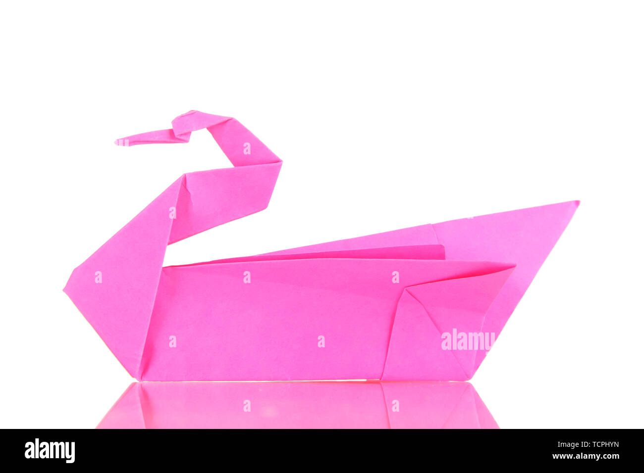 How To Make An Easy Origami Swan - Folding Instructions - Origami ... | 956x1300