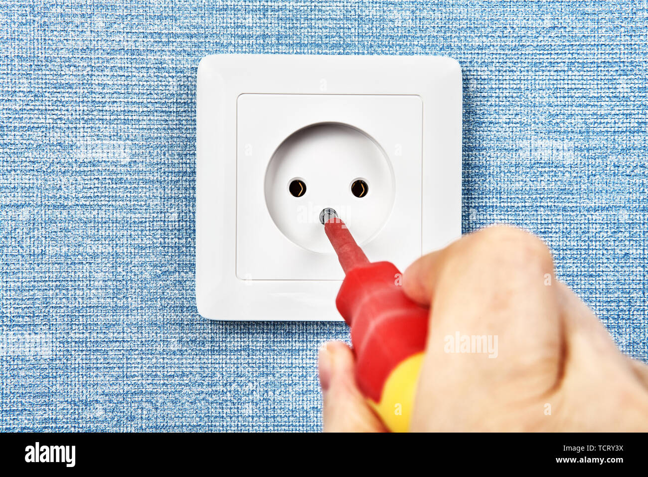 Power Point Installation Repairman Is Installing European Standard Electrical Outlet Type C Into The Home Wiring System Stock Photo Alamy
