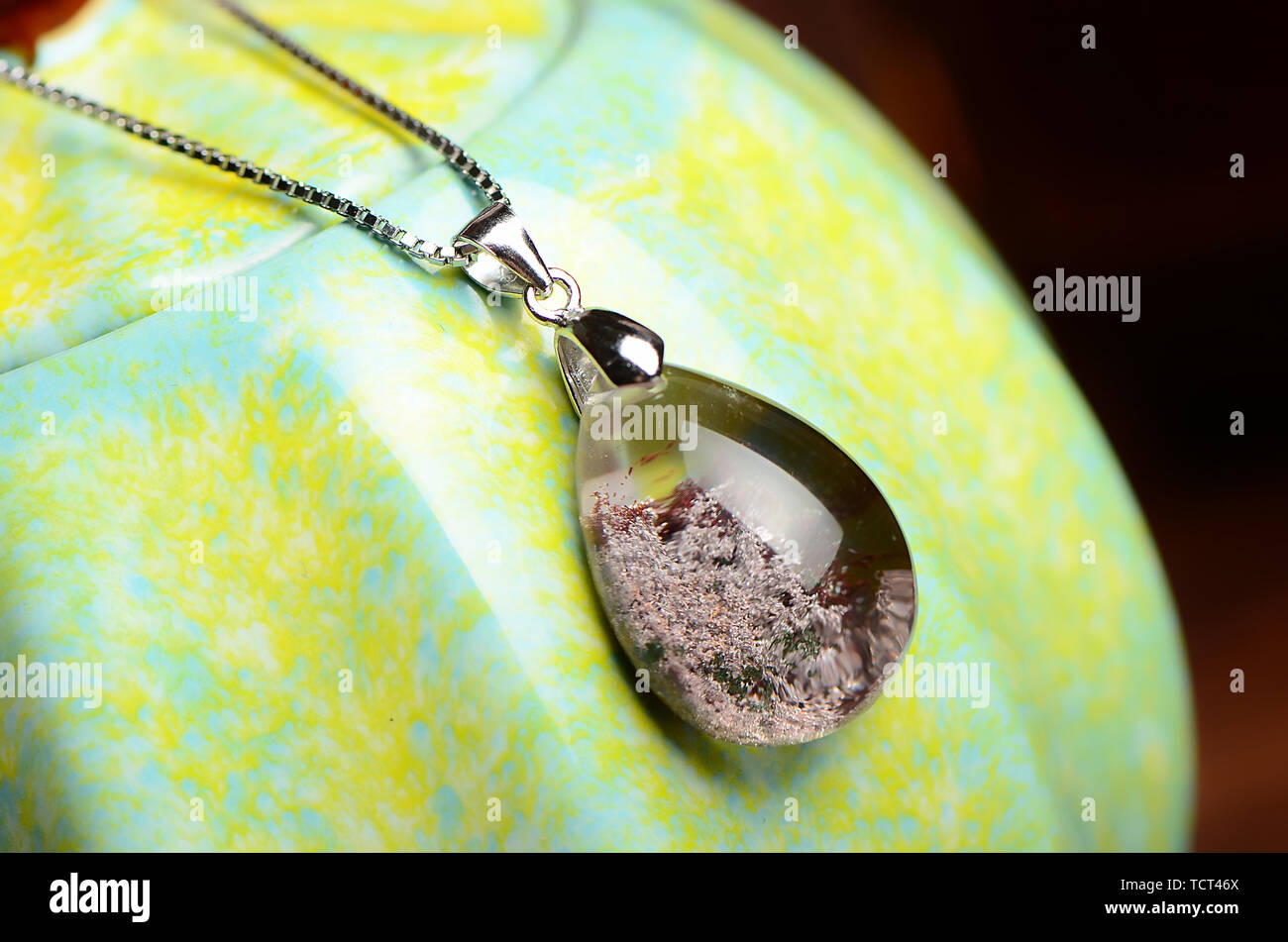 Pigeon Pendant On a Metal Design Bookmark Ideal Birthday Gift N378