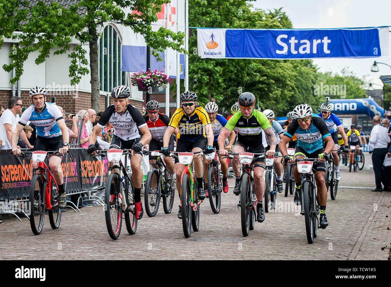 GOIRLE - Streetrace Goirle 10-06-2019. Oranjeplein. Buitensport, Wielrennen. Huub Kools ex professionals, during Streetrace Gorile. Credit: Pro Shots/Alamy Live News - Stock Image